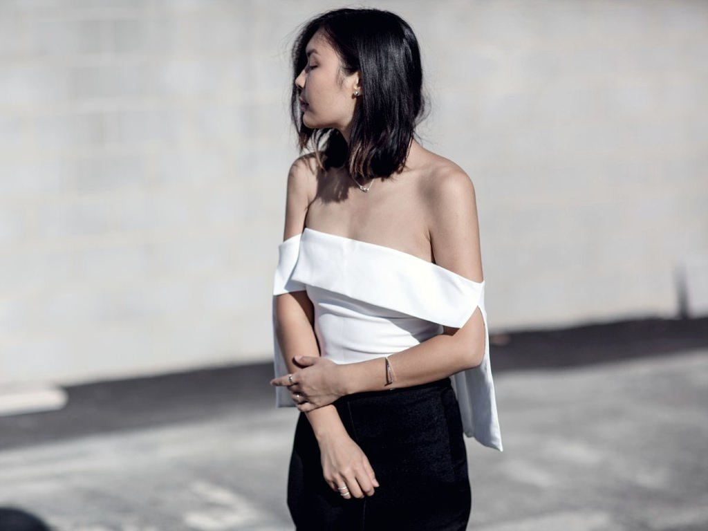 flare-sleeve-off-shoulder-outfit-streetstyle-blogger-11-1.jpg