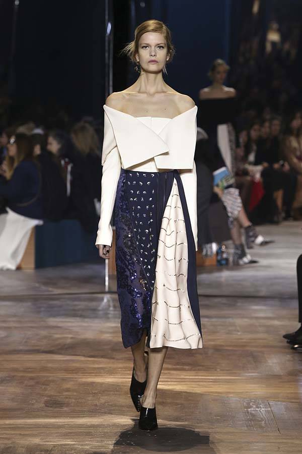 dior-spring-summer-2016-couture-outfit-1-fashion-show-off-shoulder-skirt.jpg